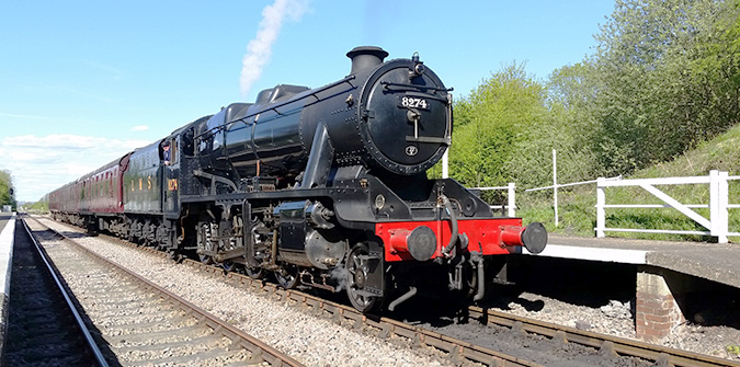 8F - 8274 departs Rushcliffe Halt